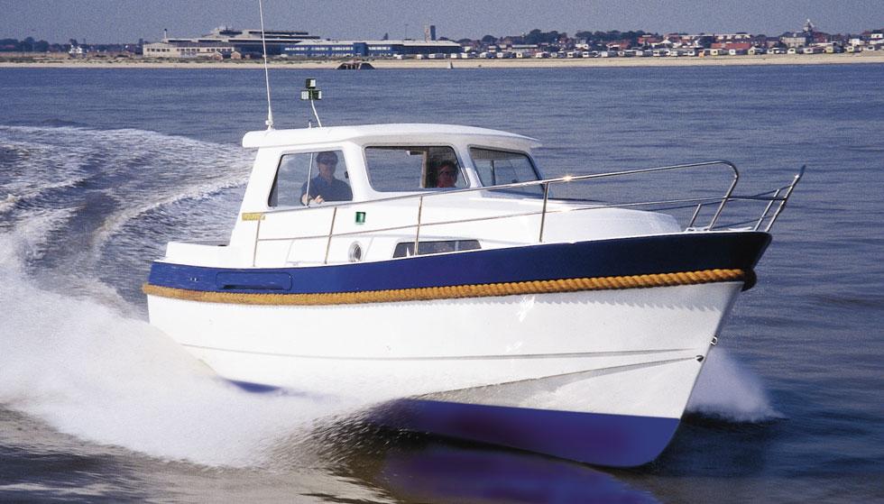 Hardy-26-cabin-cruiser