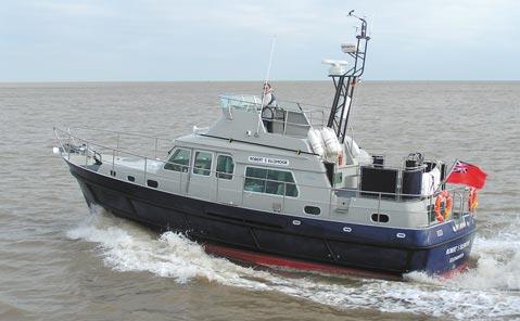 Hardy 42 RLNI training motor yacht
