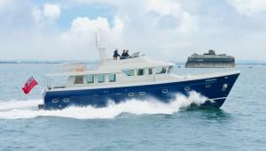 Hardy 62 motor yacht