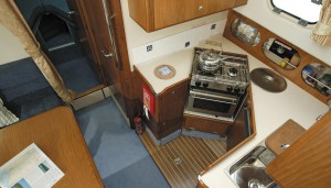 Hardy 32DS galley layout