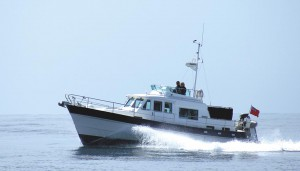 36 motor boat in sunny, calm conditions