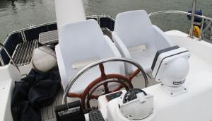 Hardy Commodore 42 used motor boat wheel