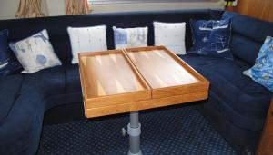 Hardy Commodore 42 used motor boat interior