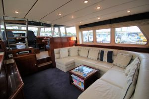 H50 Saloon Wheelhouse