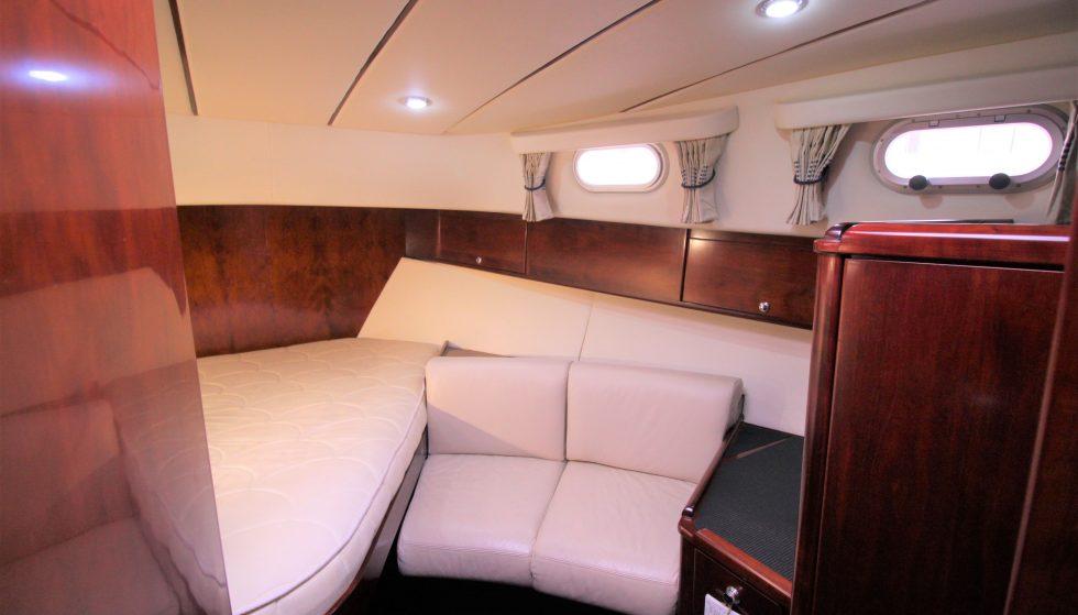 H50 Fwd Guest Cabin