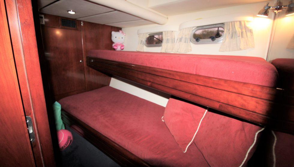 H50 Bunk Cabin